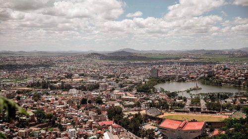 Madagascar: plainte de l'Eglise après la mort d'un prêtre