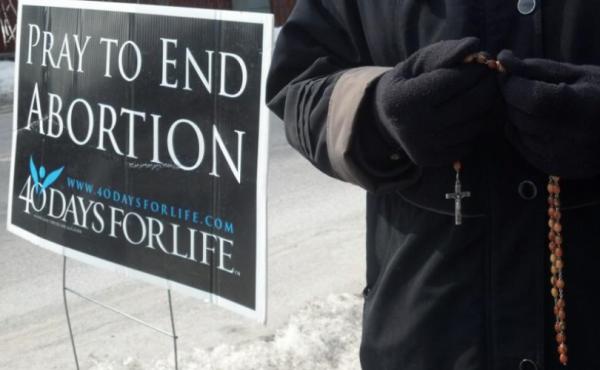 40 days for life : un carême de prière pour la vie !