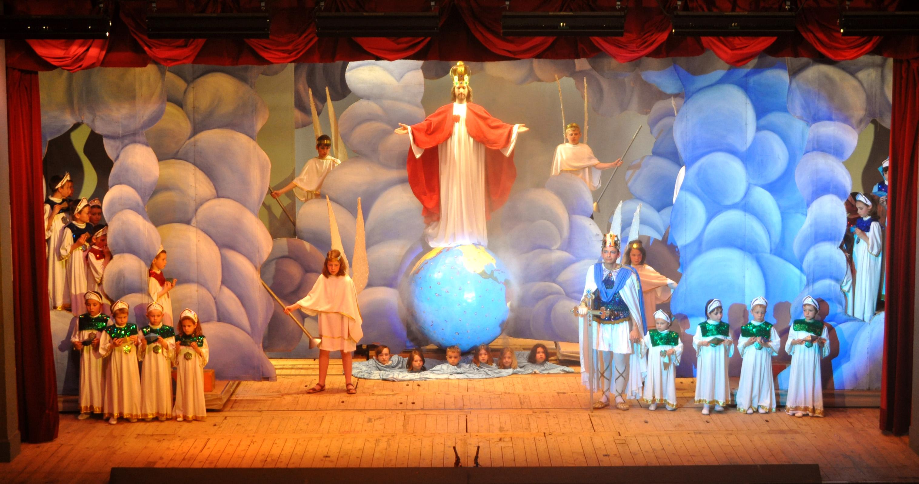 13 avril 2019: Représentation du spectacle «Le Christ Roi» à Sainte-Pazanne (44)