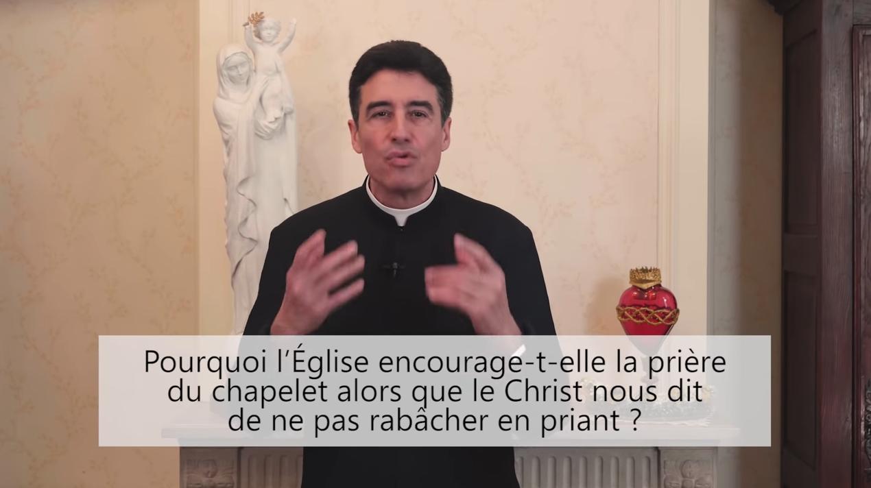 Deux minutes pour vous #56 – Père Michel-Marie Zanotti-Sorkine – «Pourquoi l'Église encourage-t-elle la prière du chapelet alors que le Christ nous dit de ne pas rabâcher en priant?»