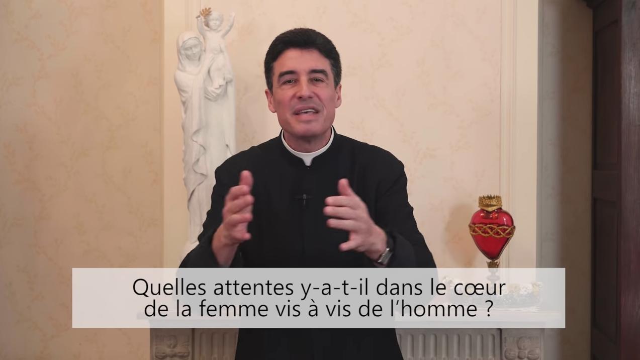 Deux minutes pour vous #57 – Père Michel-Marie Zanotti-Sorkine – «Quelles attentes y-a-t-il dans le cœur de la femme vis à vis de l'homme?»