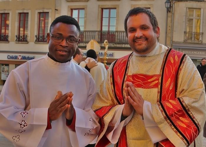 Ordinations à la cathédrale de Sées (61) le 23 juin 2019