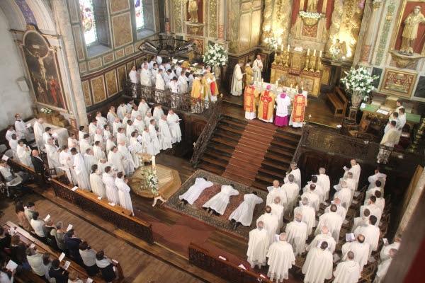 Ordinations presbytérales à la cathédrale Sainte-Marie de Bayonne (64) le 29 juin 2019