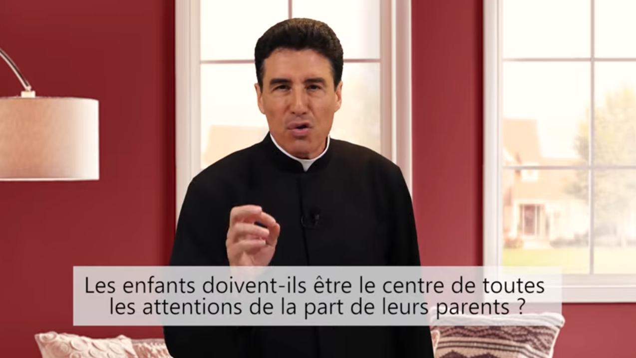 Deux minutes pour vous #66 – Père Michel-Marie Zanotti-Sorkine – «Les enfants doivent-ils être le centre de toutes les attentions de la part de leurs parents?»
