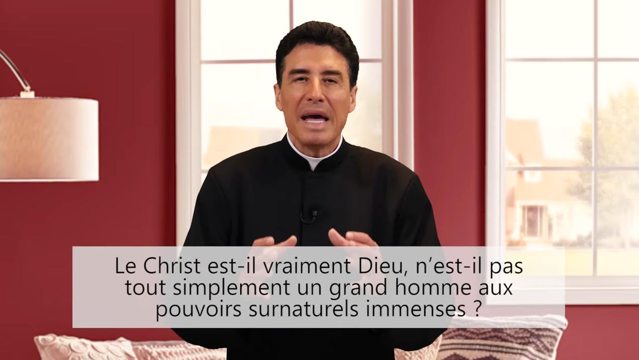 Deux minutes pour vous #70 – Père Michel-Marie Zanotti-Sorkine – «Le Christ est-il vraiment Dieu? N'est-il pas tout simplement un grand homme aux pouvoirs surnaturels immenses?»