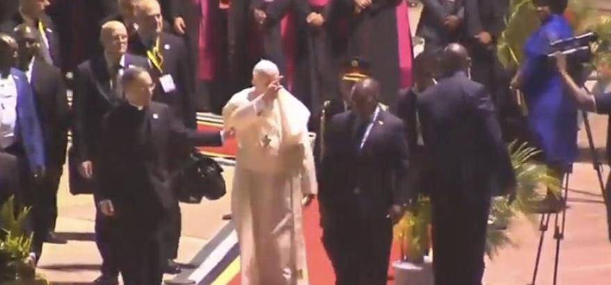 Arrivée du pape François au Mozambique