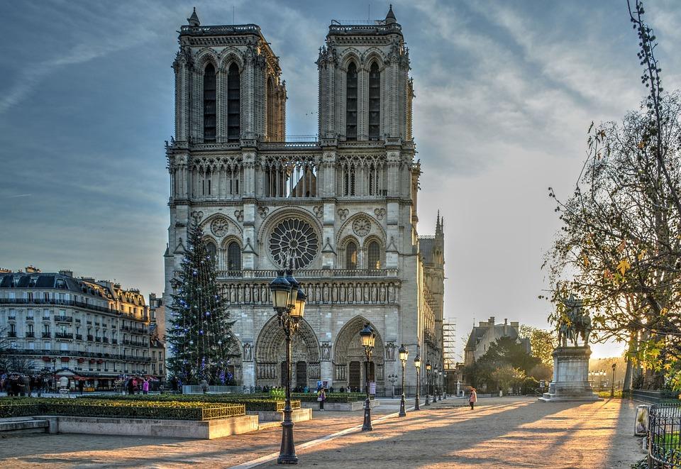 """Conférence """"Les cathédrales"""": regards croisés sur leur préservation et leur restauration"""" le 20 septembre 2019 à Angers (49)"""