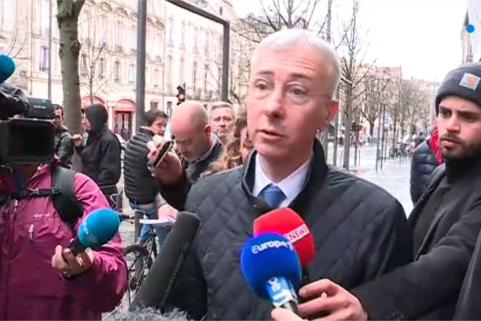 Paris: l'interdiction des prières place Saint-Sulpice suspendue