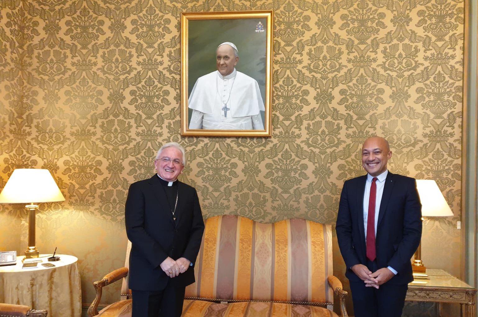 Paris: le nonce apostolique reçoit un adjoint au maire de Paris