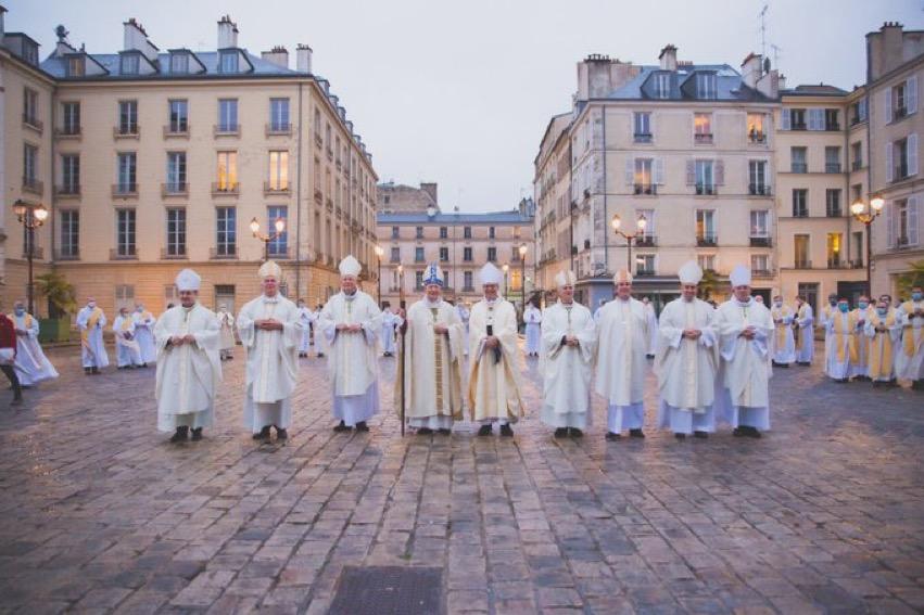 Versailles: messe d'action de grâce pour l'épiscopat de Mgr Aumonier