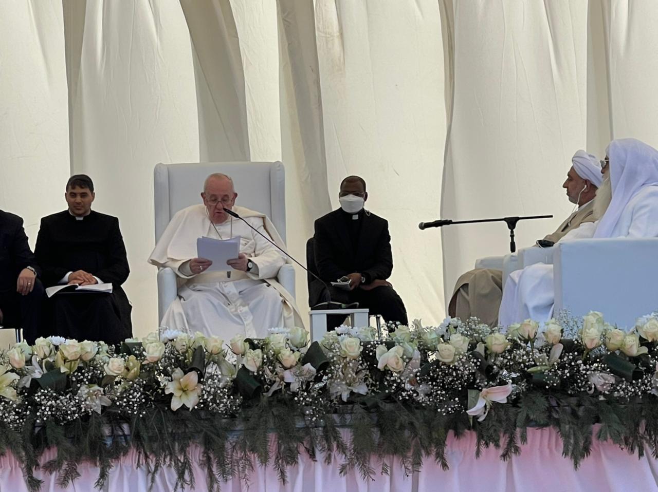 Irak: rencontre interreligieuse à Ur en présence du Pape François