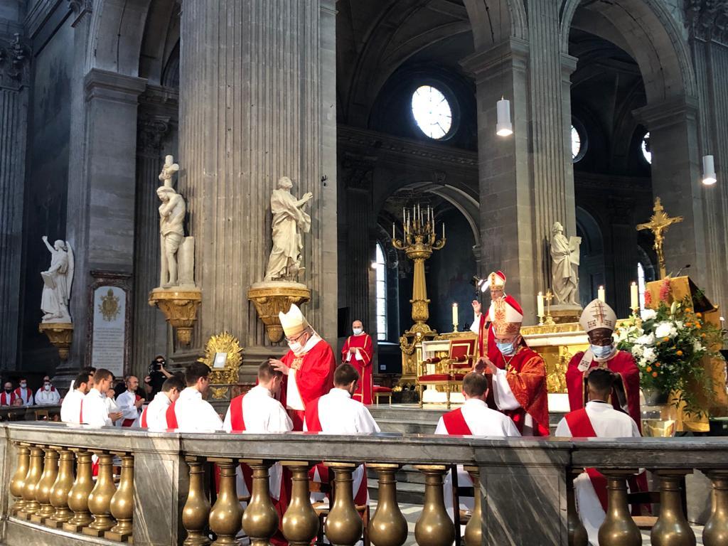 Paris: ordinations sacerdotales à Saint-Sulpice