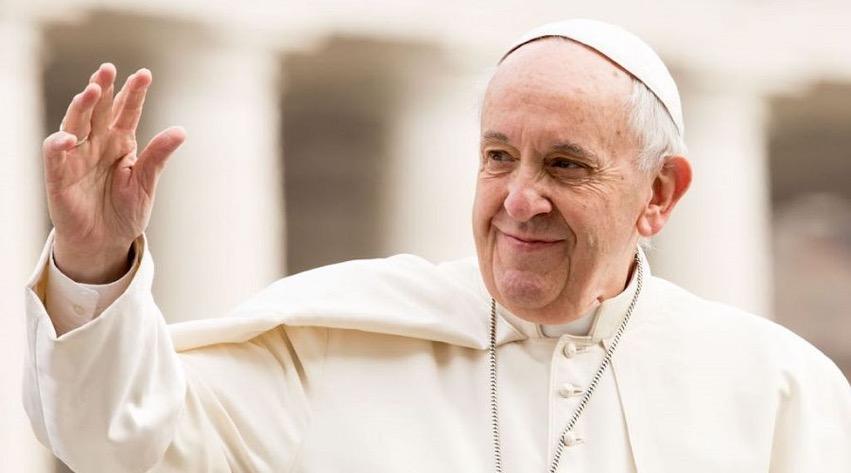 Le Pape François en bonne condition après son opération