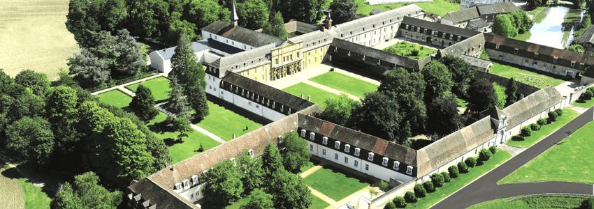 L'abbaye trappiste de Sept-Fons: la plus grande communauté monastique actuellement en France! (Divine Box)