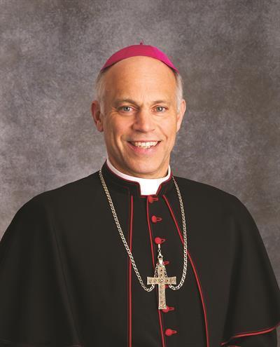 Etats-Unis: un évêque prie pour la conversion de Nancy Pelosi